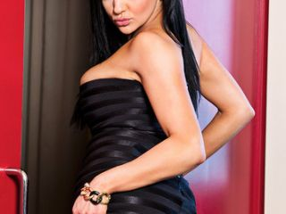 Audrey Bitoni is Tonights Girlfriend