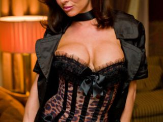 Veronica Avluv is Tonights Girlfriend